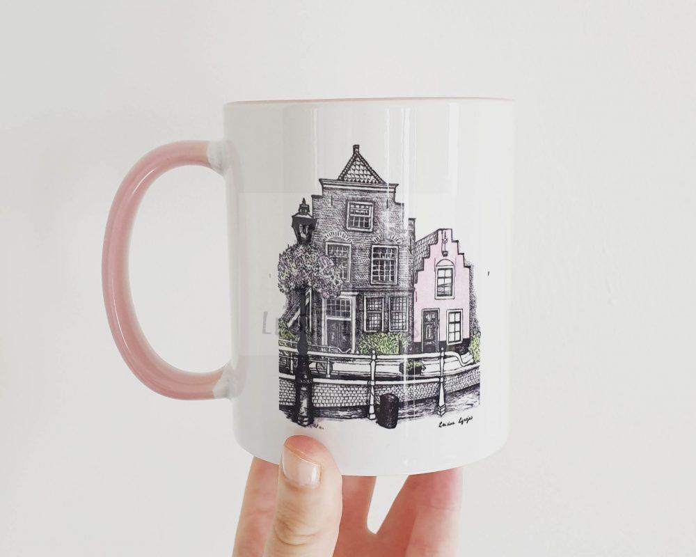 Mok met design van het roze huisje, Leiden